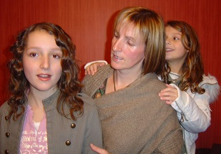 Terri, Mum and Hannah Christmas 2007