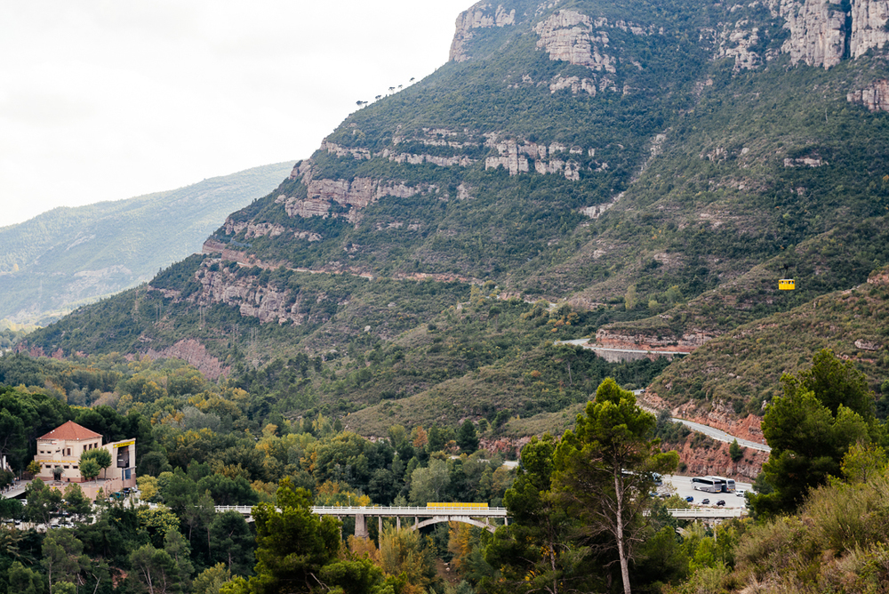 The train station and the cable car that ascends the mountain of Montserrat.