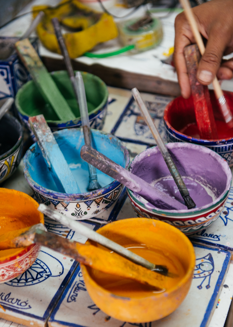 Paint for the pottery.
