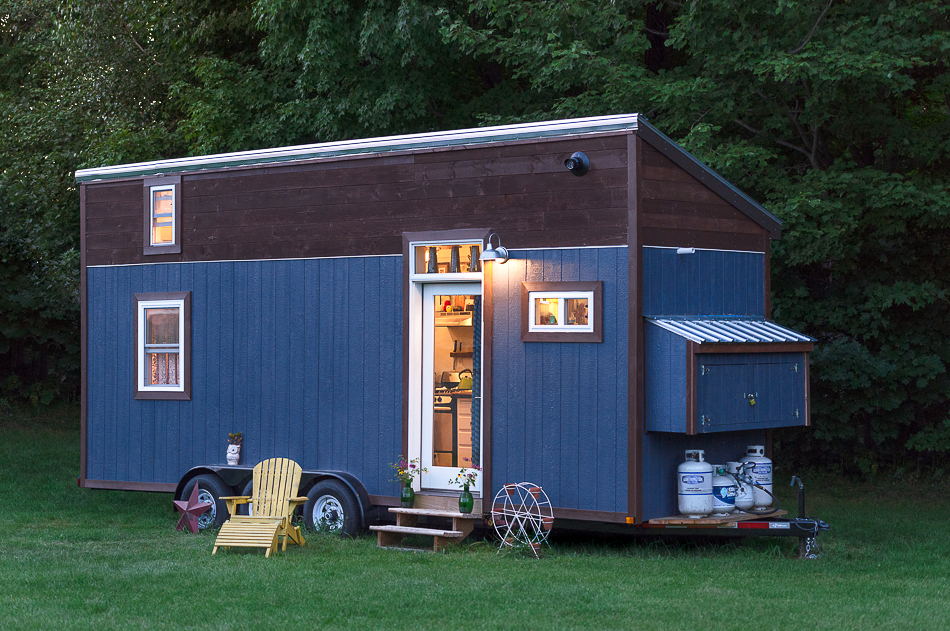 """Little Lou"" Tiny House"