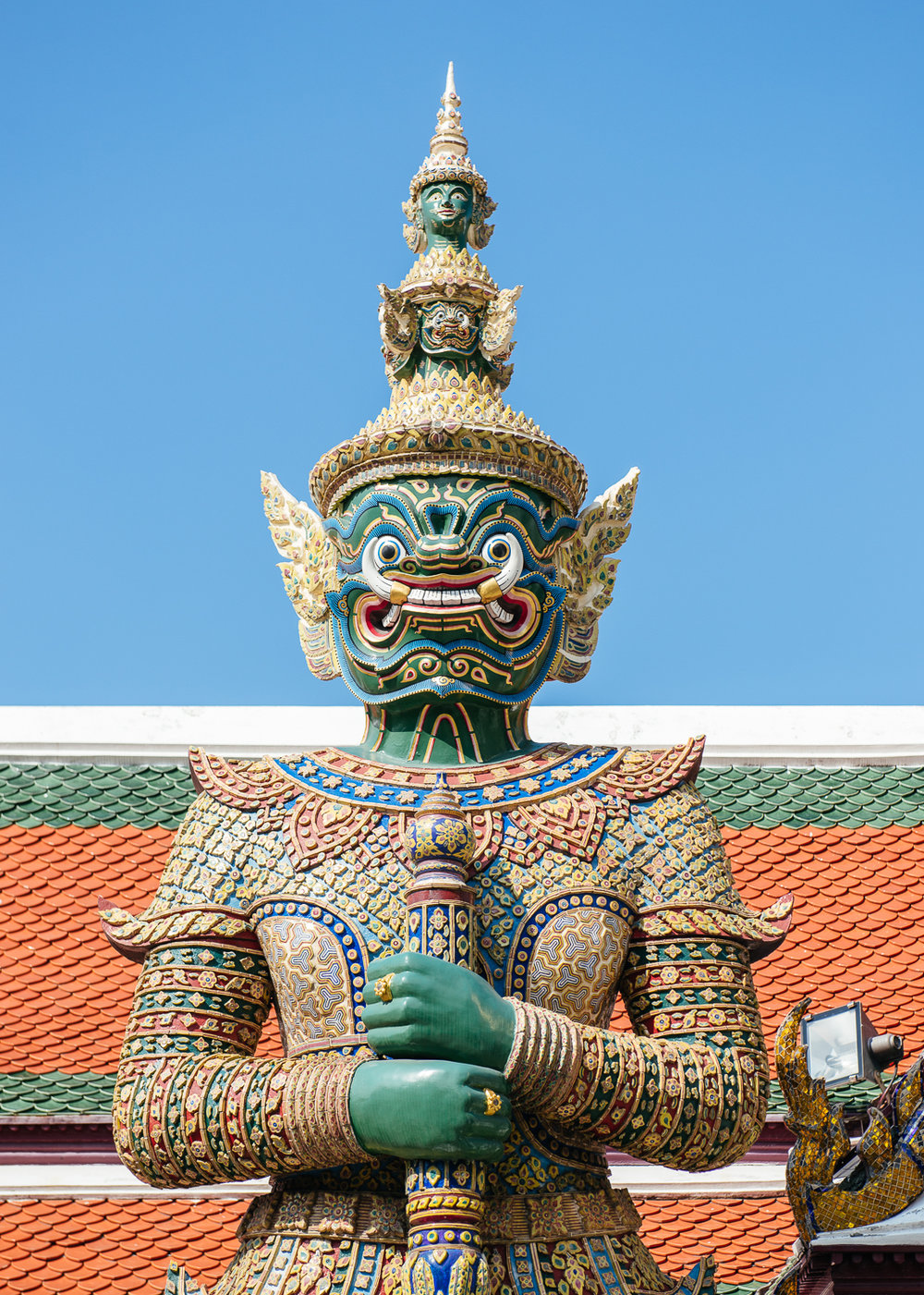 Yaksha statues are guardians of the gates in Buddhist temples.