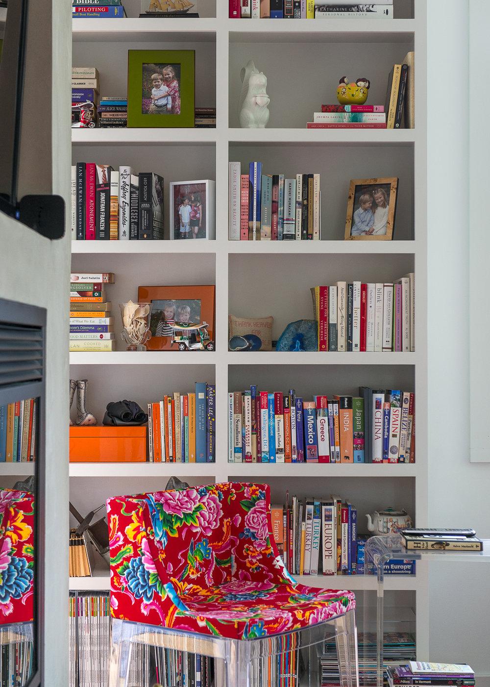 Built-in bookshelves in the living room.