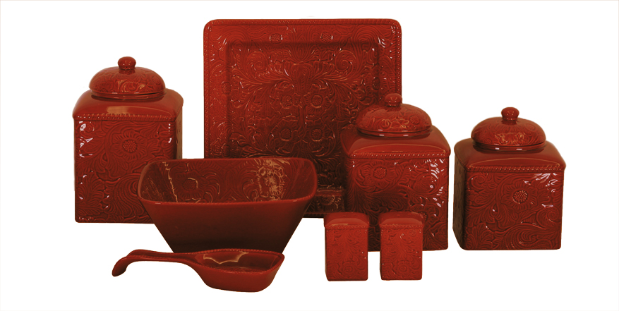 RED SAVANNAH DINNERWARE accessories