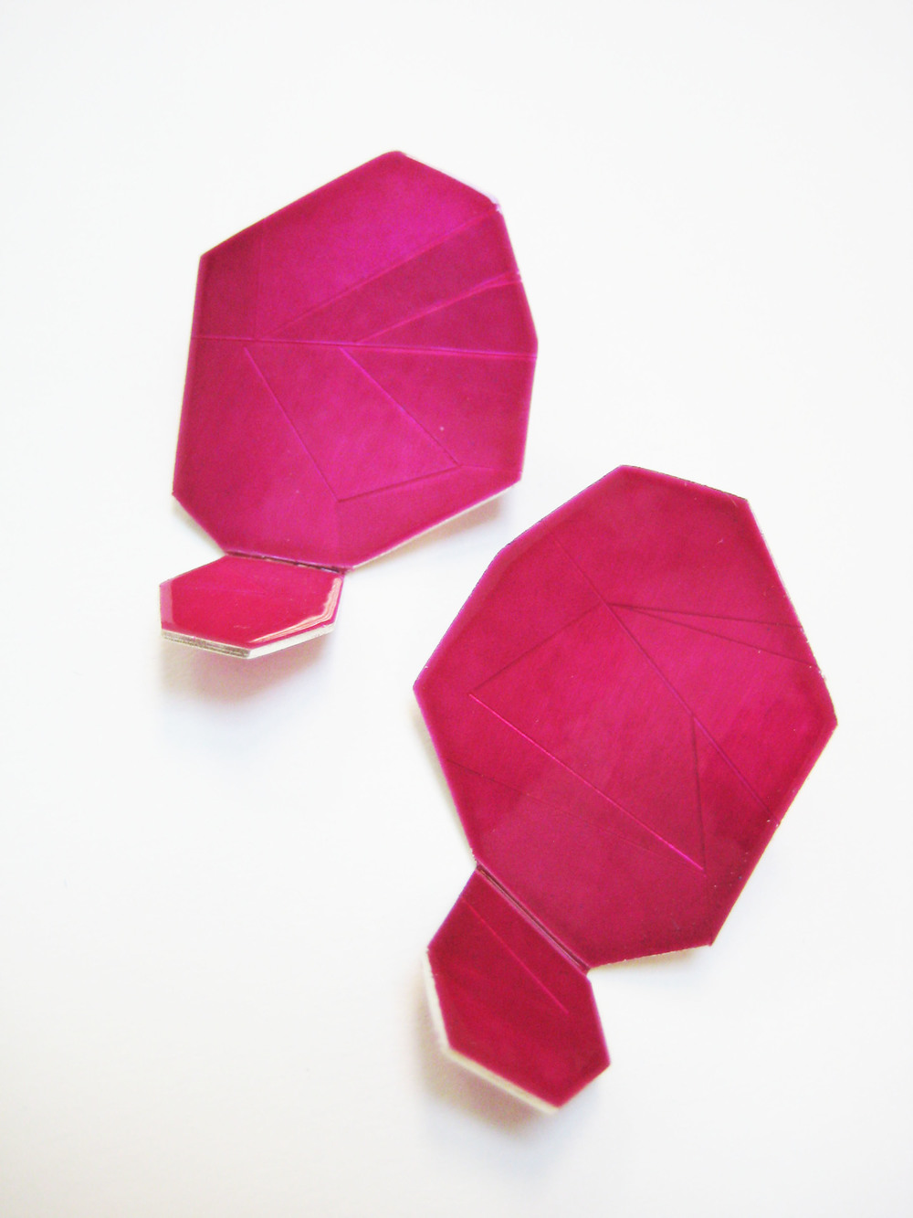 3-Large Raspberry Ear Gems-Voegele.jpg