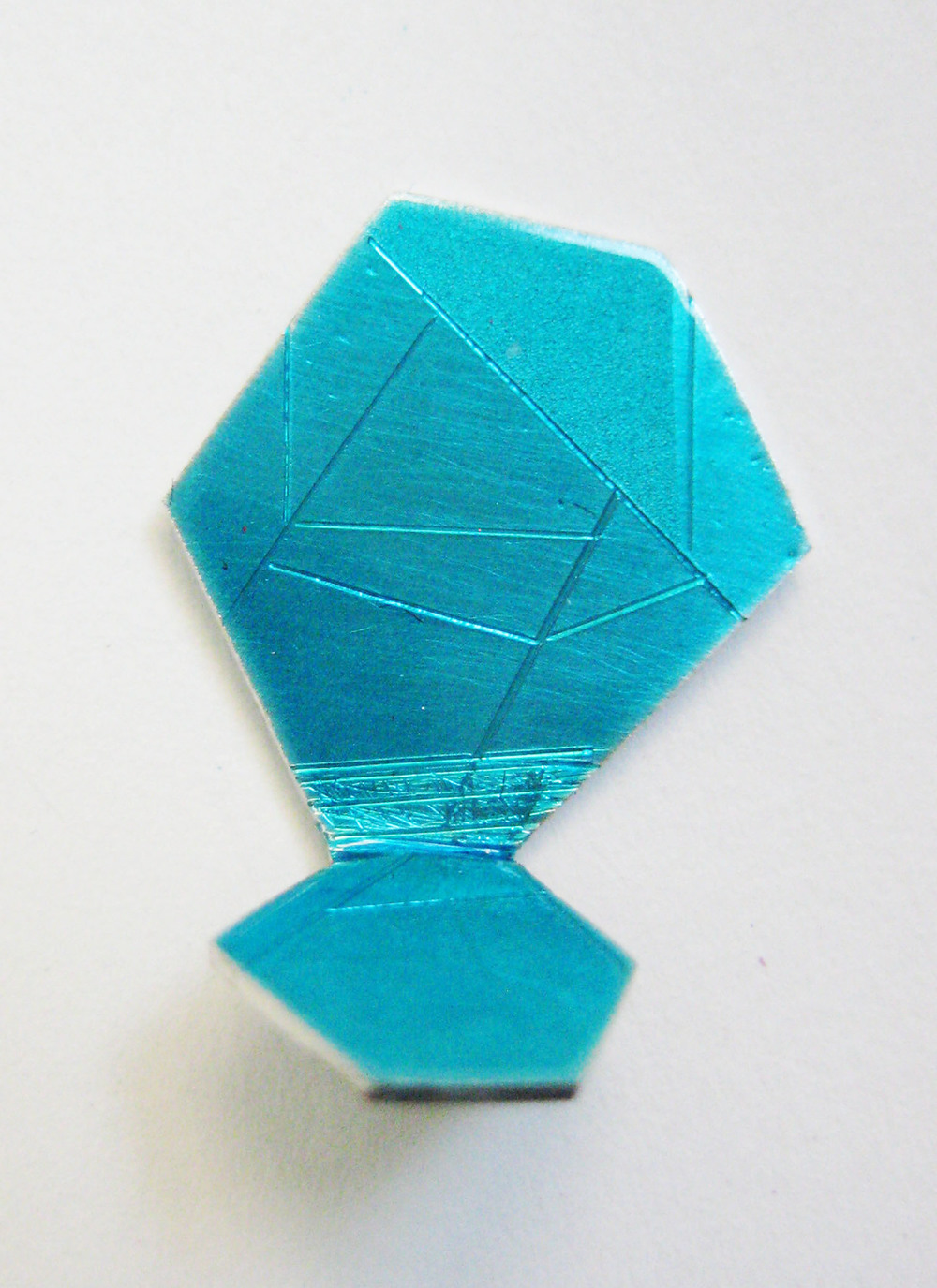 15-Teal Pin Gem-Voegele.jpg