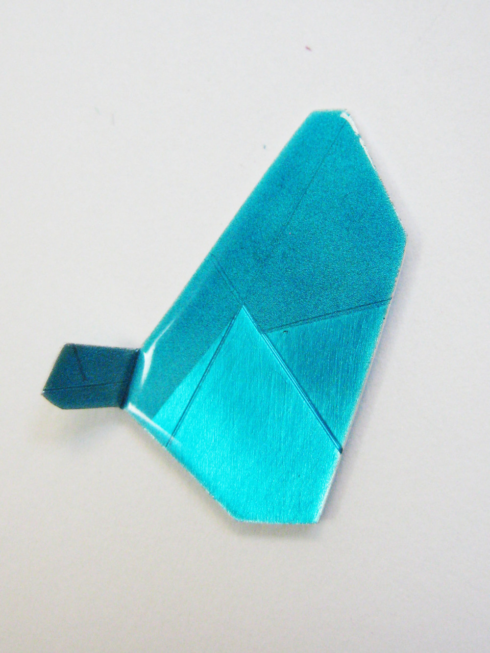 16-Teal Pin Gem-Voegele.jpg