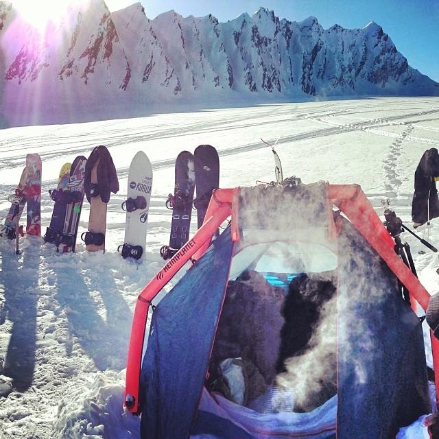 Warm up at the Books! Big thanks to @d_bines @kiznilla Gary Jeff and Tim! #snowboarding #campvibes #books #alaska