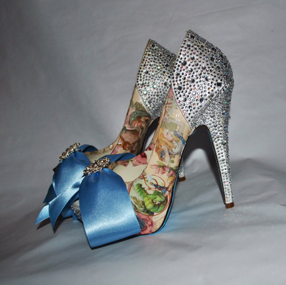 www.etsy.com/uk/shop/BecciBoosCustomShoes