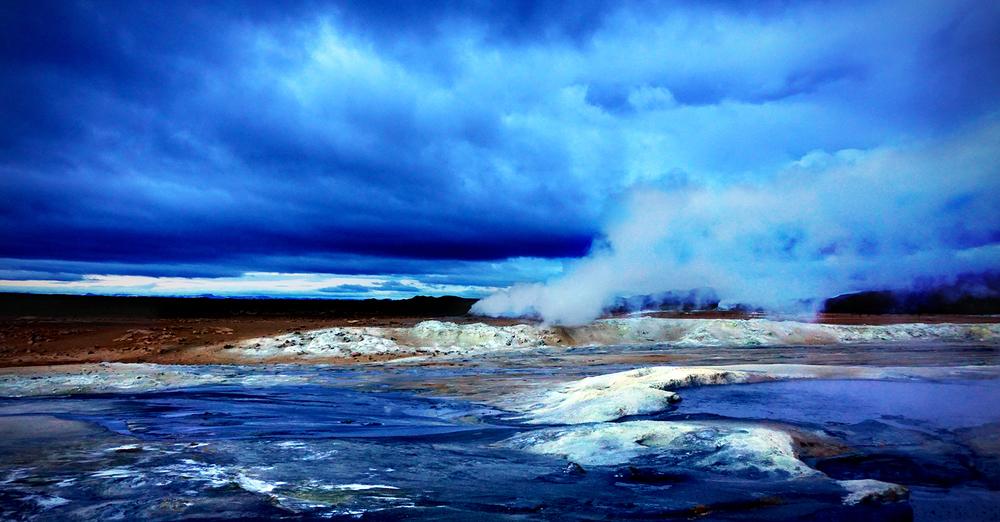 geothermal springs Myvatn @courtesy Xenya Photography.jpg