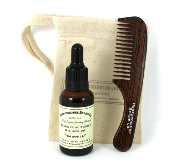 https://www.etsy.com/uk/listing/221053367/mini-beard-grooming-set?ref=sr_gallery_27&ga_search_query=groom&ga_locationQuery=2635167&ga_search_type=all&ga_view_type=gallery