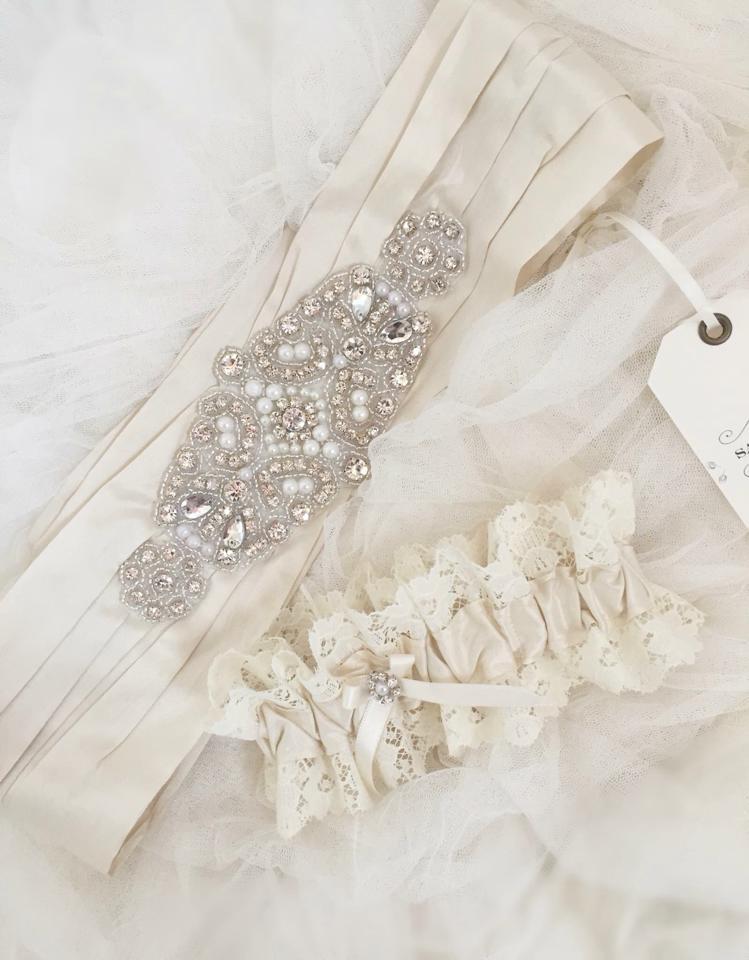 white sash and garter