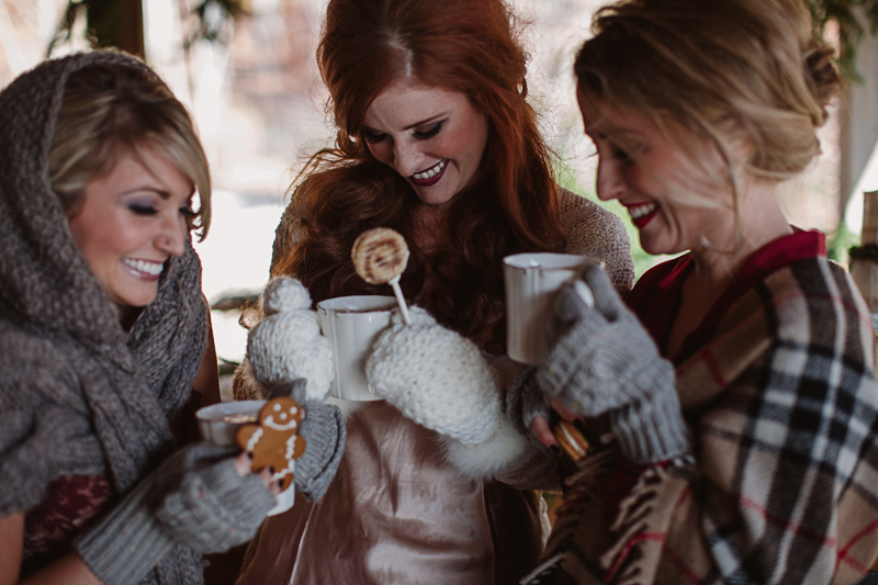 Christmas-Bridal-Brunch-Log-Cabin-Hot-Chocolate-Festive-Shoot-2-8.jpg