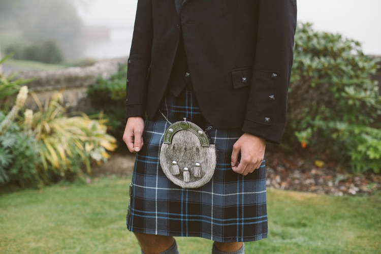 groom in kilt.jpg