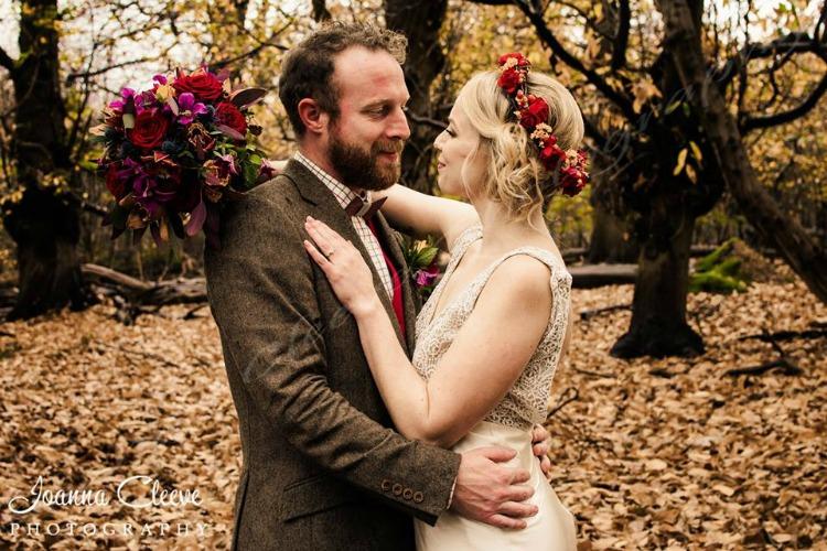 autumn wedding couple.jpg