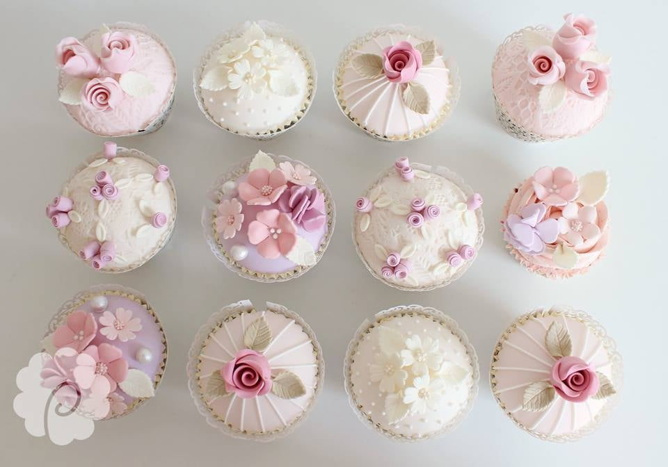 poppy-pickering-pink-cupcakes.jpg