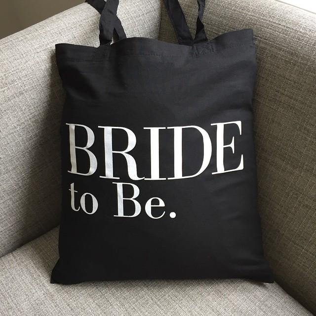 Bride-to-be-vogue-tote-bag.jpg