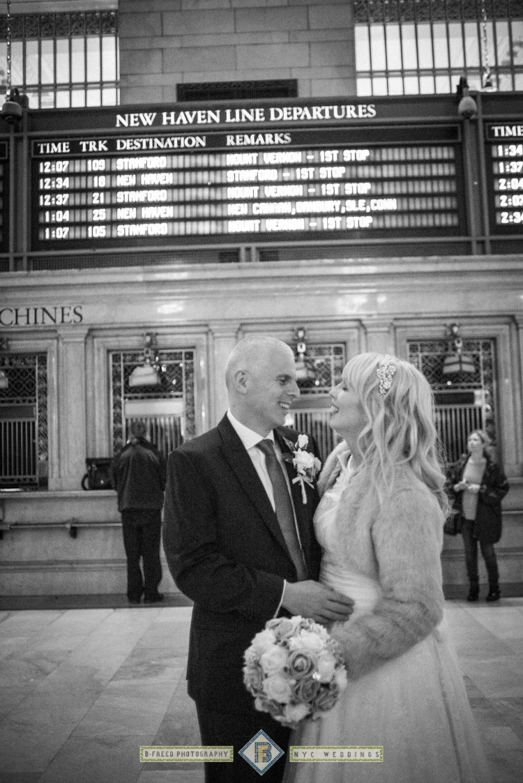 wedding-couple-new-york-station.jpg