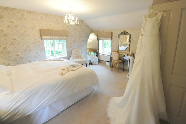 bridal-bedroom.jpg