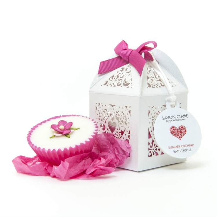 pink-bath-truffle-wedding-favour.jpg