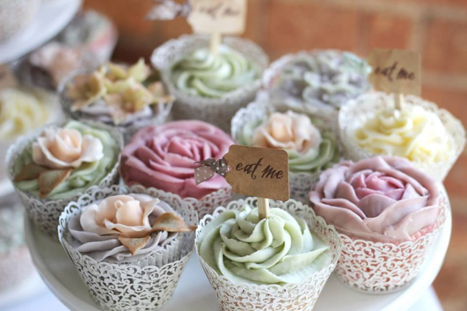 the-sugared-rose-cupcakes.jpg