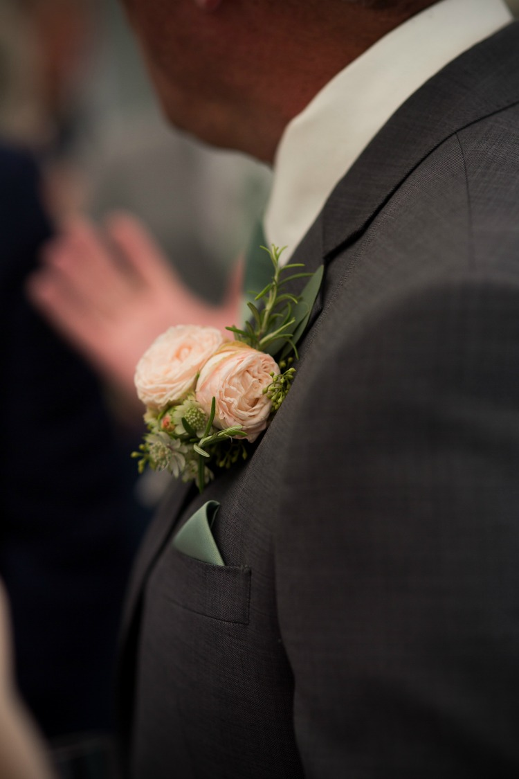 groom-buttonhole.jpg