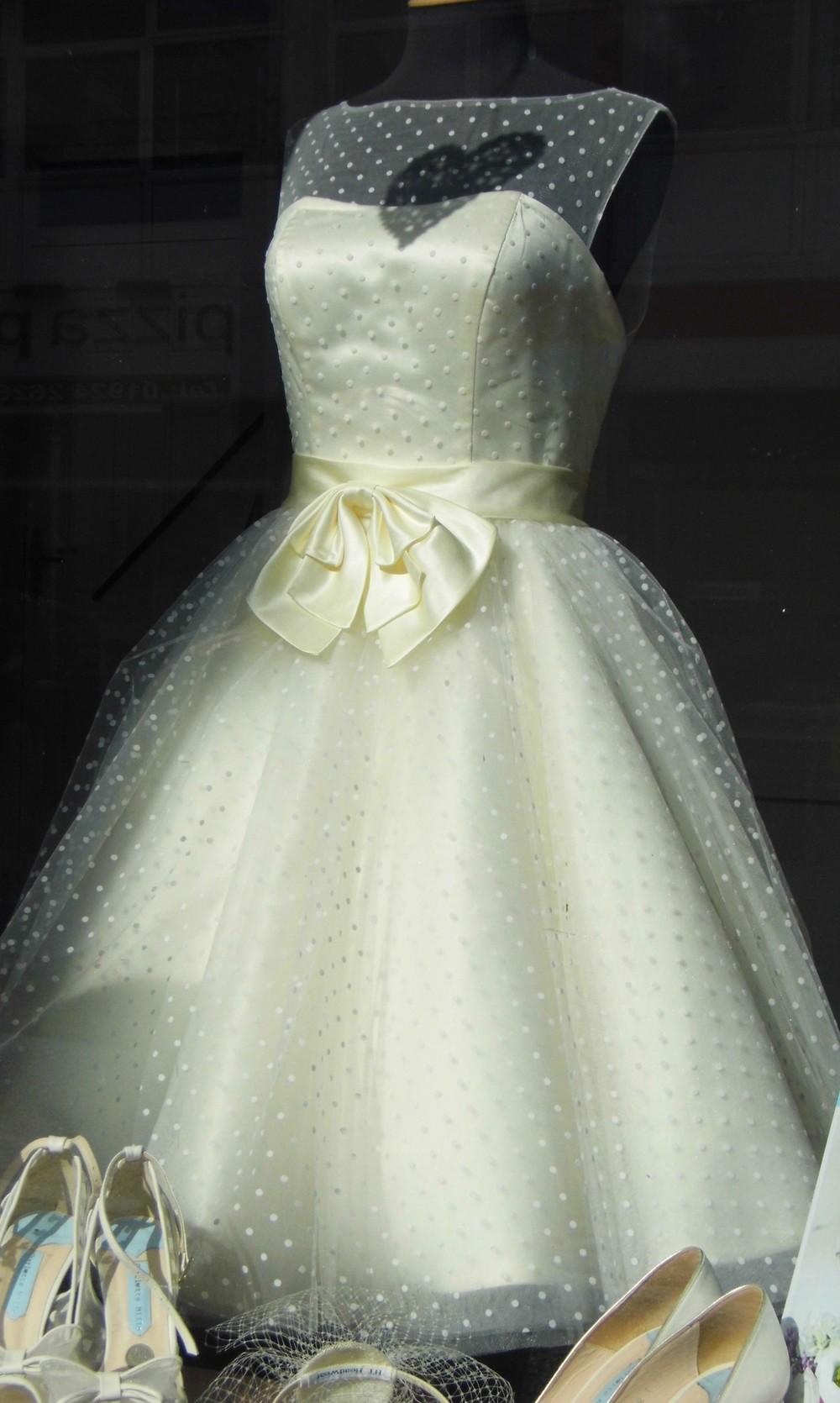 1950s-wedding-dress.JPG