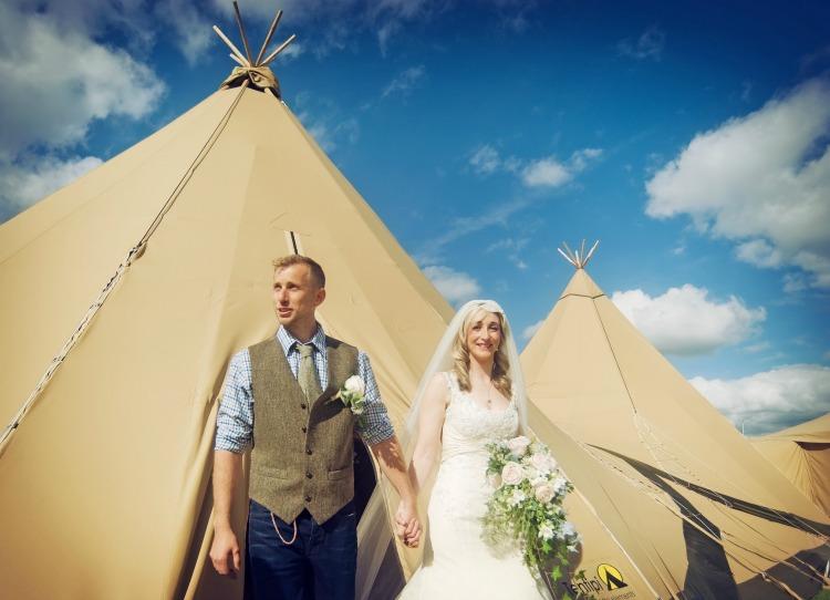 Indie-Wedding-Fair-Bride-Groom.jpg