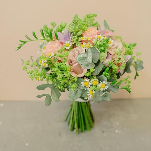Daisy-bouquet.jpg