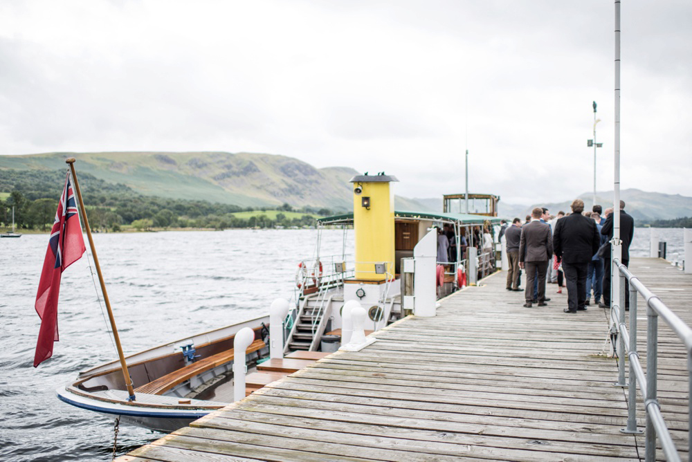 Wedding-on-a-boat.jpg