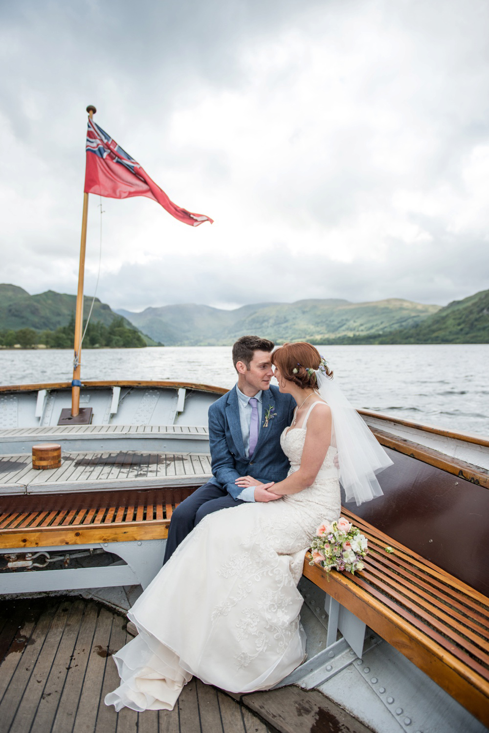 rustic-wedding-on-a-boat.jpg