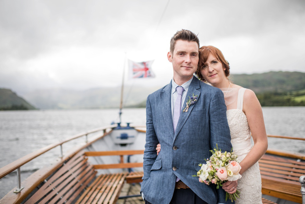 wedding-couple-boat-wedding.jpg