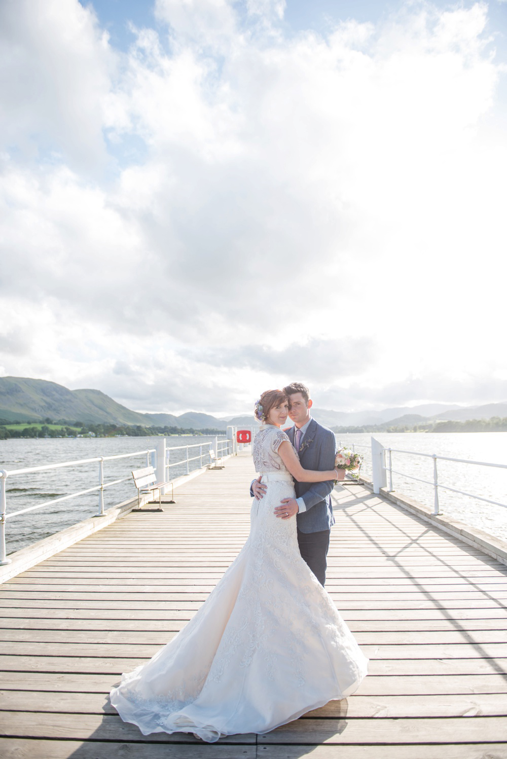 Wedding-on-lake.jpg