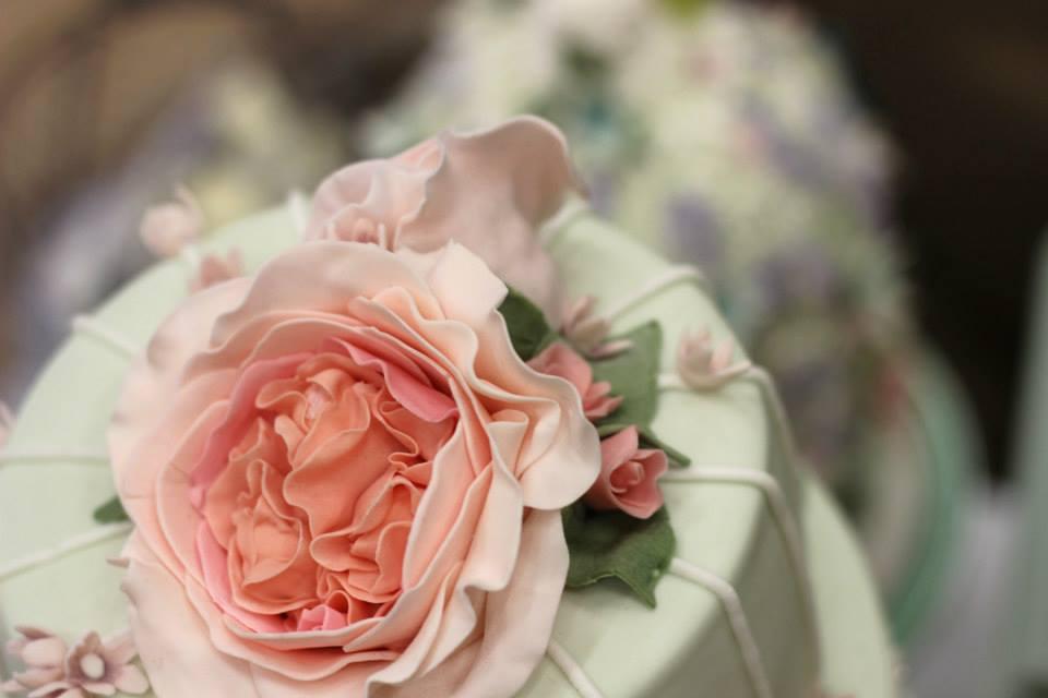 Keira-wedding-cake.jpg
