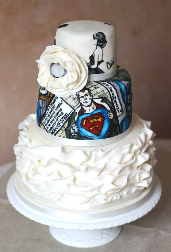 Superman-wedding-cake.jpg