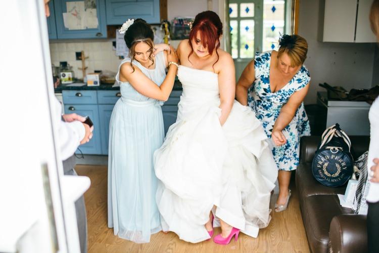Wedding Photography Sarah Wayte bride pink shoes.jpg