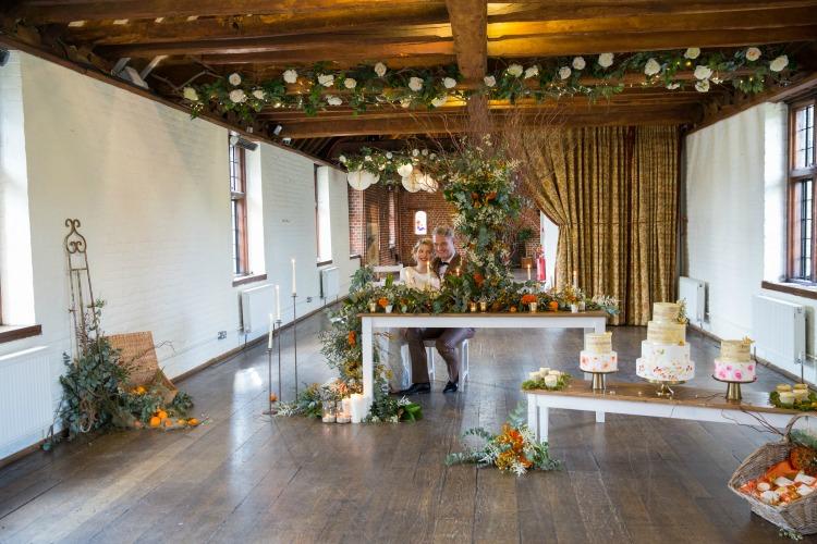 Fall wedding barn.jpg
