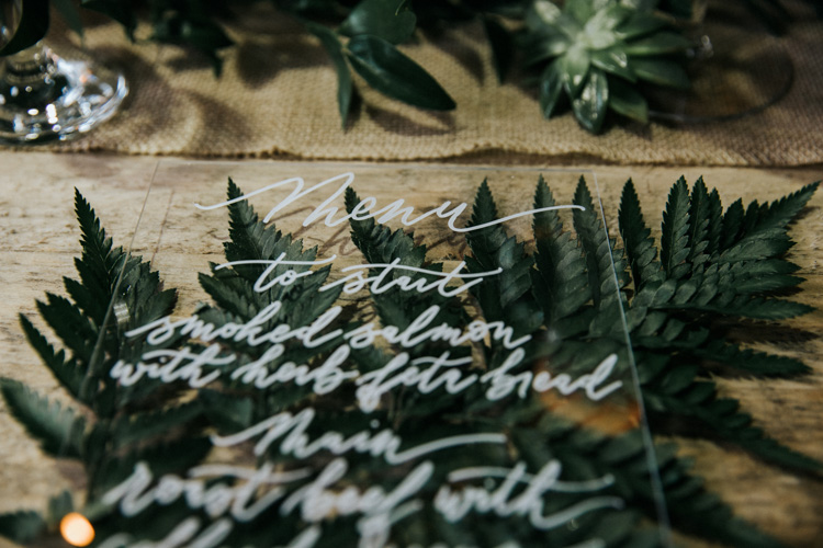 Laura E Patrick Calligraphy   Kellee Quinn Photography     Paperwhite Floral Design