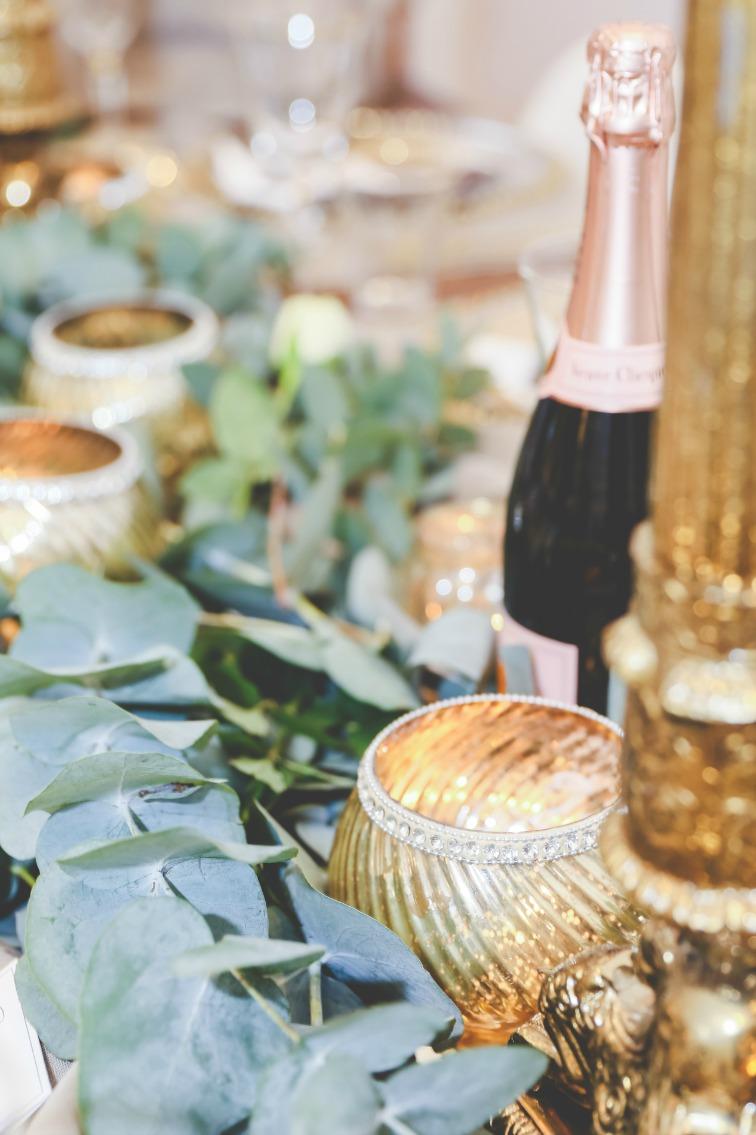 Gold wedding rustic styling.jpg