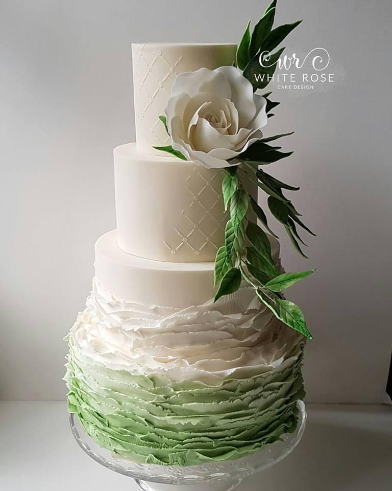wedding cake green.jpg
