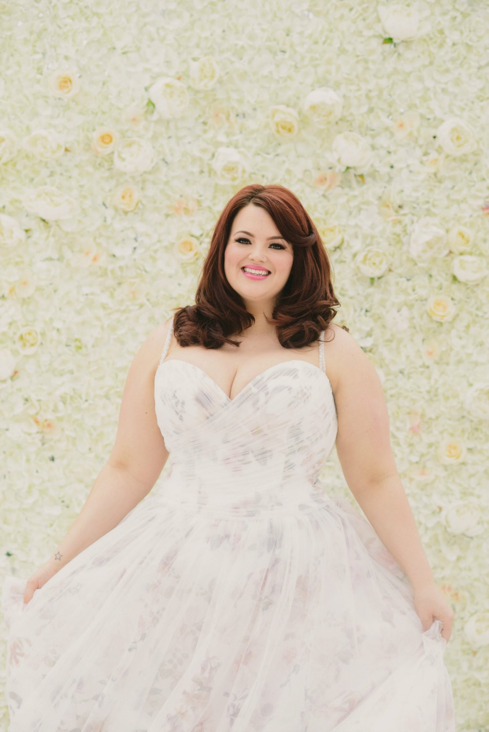 Plus size bride wedding dress.jpg