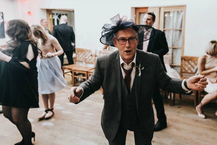 Erin + Stuart - funny wedding picture.jpg
