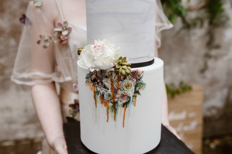 Agnes Black Liverpool wedding photographer succulent wedding cake.jpg