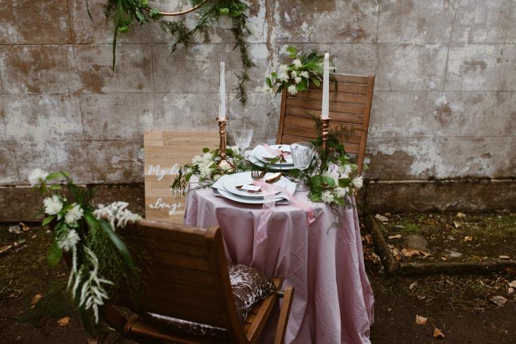 Agnes Black Liverpool wedding photographer table.jpg