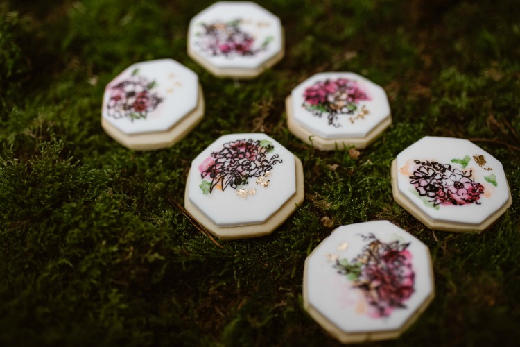 Agnes Black Liverpool wedding photographer wedding cookies.jpg