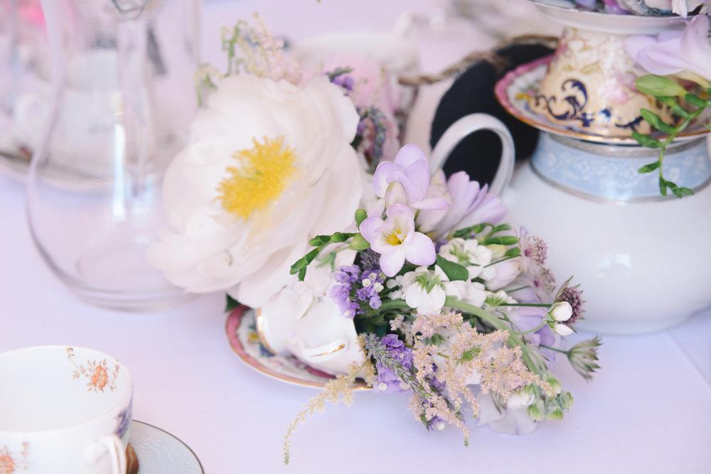 Wedding flowers quainty country British.JPG
