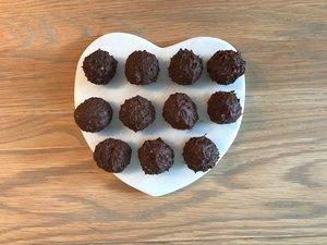 Dark Chocolate Avocado Truffles296.jpg