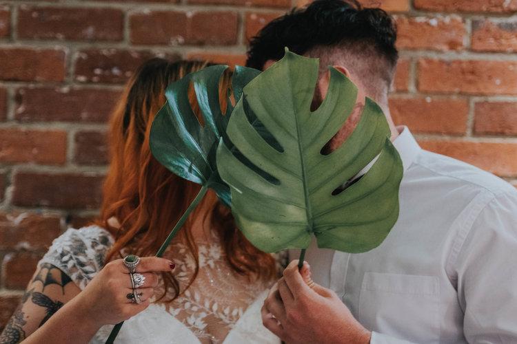 Palm leaf wedding couple photo7.jpg