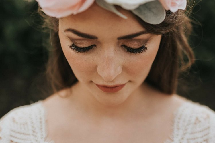 Bridal Make-Up by  Amy George Make Up Artist  (photo by  Lianne Gray Photography )