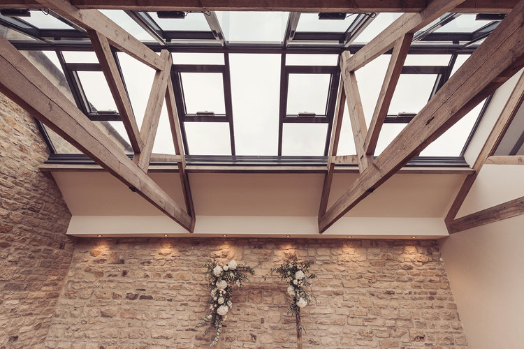 Intimate Stylish Barn Wedding 042.jpg