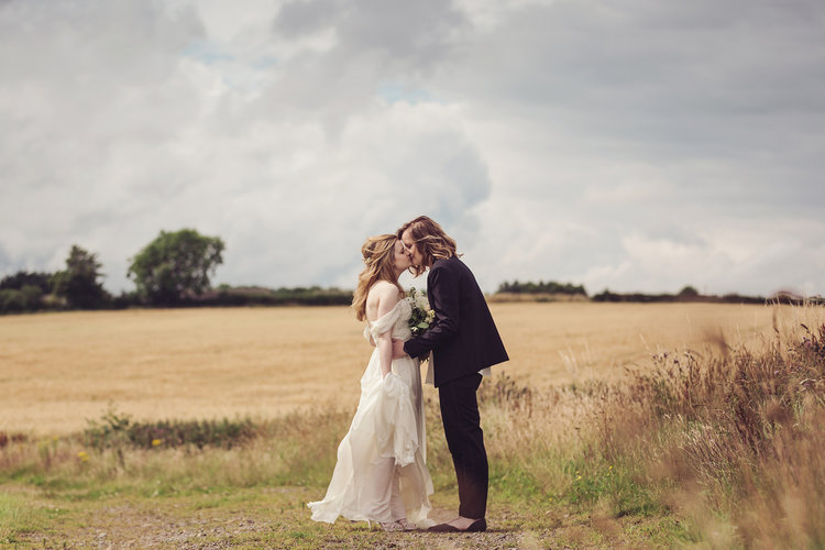Intimate Stylish Barn Wedding 212.jpg